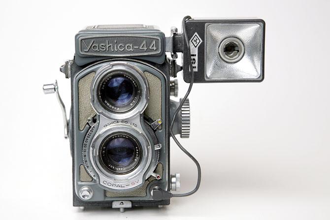 yashica05